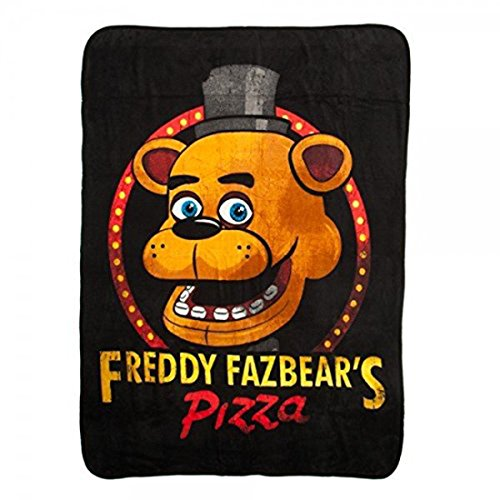 Freddy Fazbear's Pizza Costumes (BIOWORLD Five Nights at Freddy Fazbear's Pizza Fleece Throw Blanket, 48