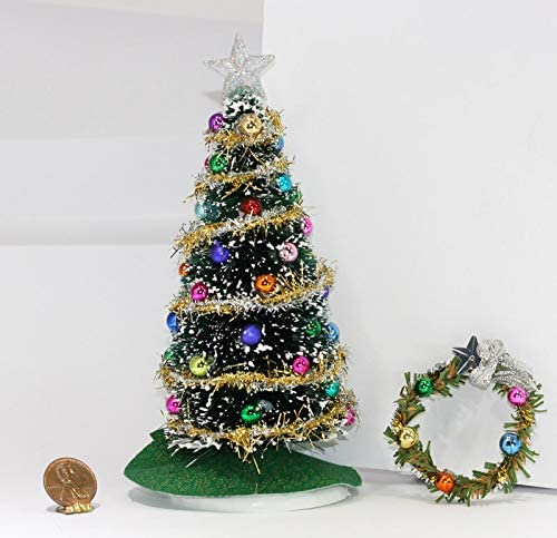 1:12 scale dollhouse size Christmas tree wreath and gifts