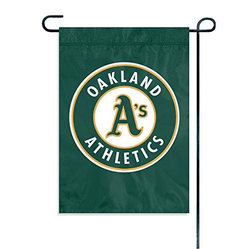 Party Animal MLB Oakland Athletics Garden Flag ()