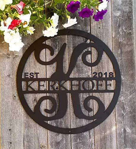 (Personalized Monogram & Last Name Sign, Custom Initial Door Hanger Circle Family Established Metal Signs for Vine Room Decor Wall Art )