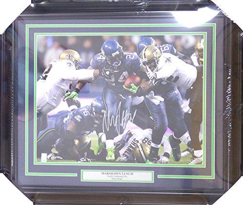 Marshawn Lynch Autographed Framed 16x20 Photo Seattle Seahawks Beast Quake Run - Marshawn Lynch COA ()