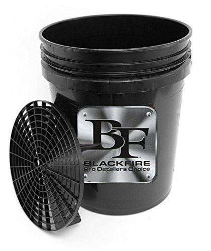 Blackfire 5 Gallon Professional Wash Bucket with Grit ()