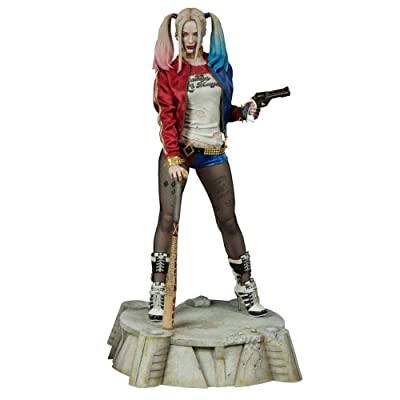 DC Sideshow Suicide Squad Harley Quinn Premium Format Figure 300656: Toys & Games