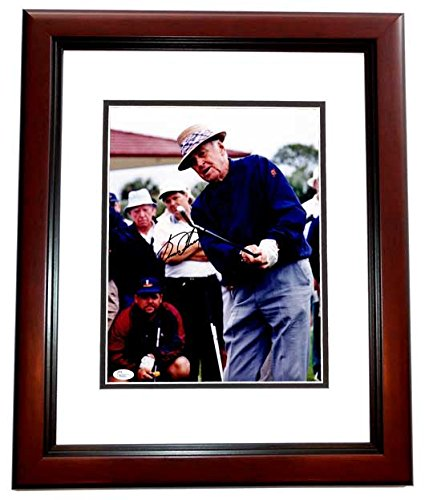 (Sam Snead Signed - Autographed Golf 11x14 inch Photo MAHOGANY CUSTOM FRAME - Deceased 2002 - JSA Certificate of Authenticity)