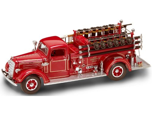 (Yat Ming Scale 1:24 - 1938 Mack Type 75 Fire Engine)
