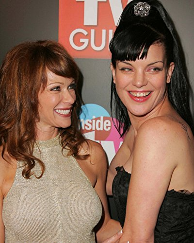 Lauren Holly & Pauley Perrette 8 x 10 GLOSSY Photo Picture