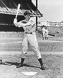 Joe Dimaggio New York Yankees at bat pose 8x10 11x14 16x20 photo 442 - Size 8x10