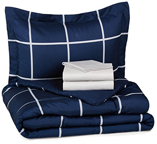 AmazonBasics 5-Piece Bed-In-A-Bag - Twin/Twin Extra-Long, Navy Simple Plaid