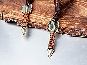 قلادة على شكل سهم من الجلد بحبل من الريش الأوروبي والأمريكي، سلسلة سترات مخصصة (قابلة للتعديل)