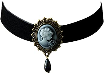 lady ponytail 25 x 18 mm oval cabochon Romantic CHOKER nice victorian JEWEL with glass beads white off velvet and ivory on black CAMEO