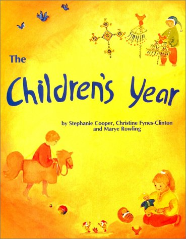 (The Children's Year: Crafts & Clothes for Children and Parents to)
