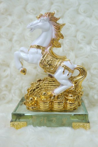 Chinese Feng Shui Gold and White Finish Horse Statue Figurine with Crystal Base