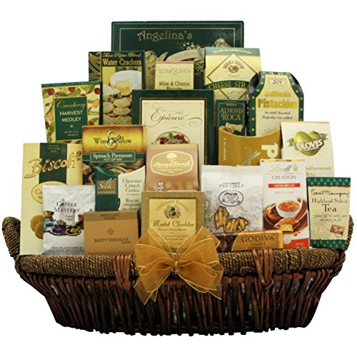 GreatArrivals Gallant Holiday Affair: Gourmet Christmas Gift Basket, 10 Pound by GreatArrivals Gift Baskets