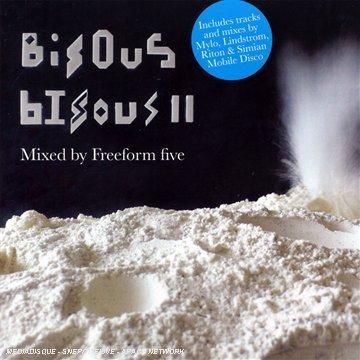 !!! - Bisous Bisous - Lyrics2You