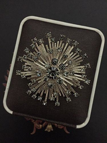 TKHNE Ancient golden brown sunflowers crystal brooch pin badge stars shine French fashion little black dress with white accessories (Crystal Sunflower Brooch)