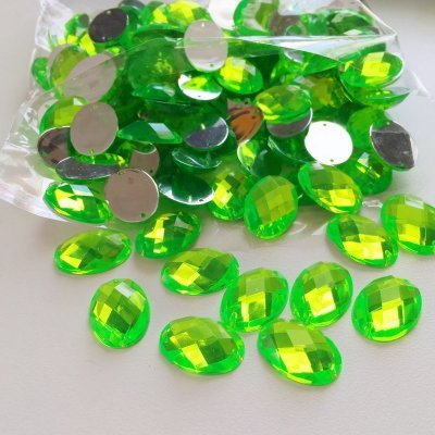 Neon green oval acrylic gem stones 13x18mm (pack of 140)