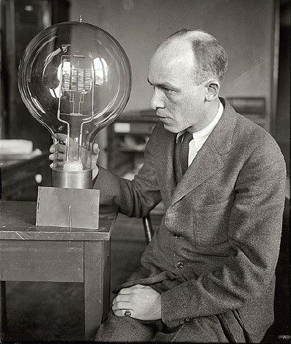 giant lightbulb - 8