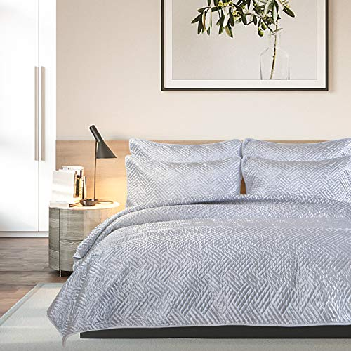 NTBAY Satin Quilt Set, with Pillow Shams, 3 Pieces, Stitched Quilt Pattern, Coverlet, Soft Satin, Microfiber Bed Cover, King, Silver Grey