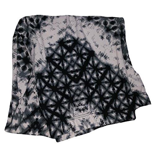 be88ccc97fedf No Boundaries Black & White Tie Dye Tribal Pattern Black Super Soft Sueded  Capri Legging