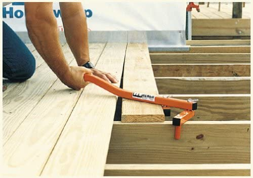 decking board straightening tool