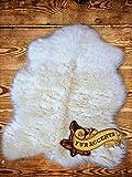 Fur Accents Faux Fur Polar Bear Skin Accent Rug / Bright White 2'x4′ Review