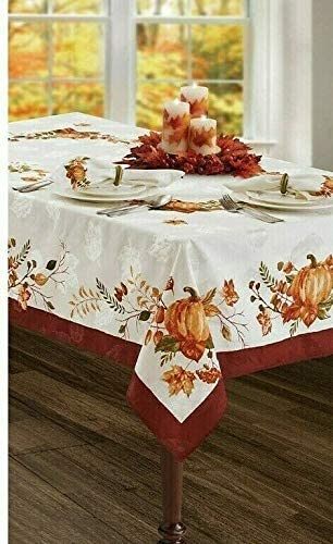 Amazon Com Bed Bath And Beyond Windsor Frame Tablecloth 70 Inch Round Home Kitchen