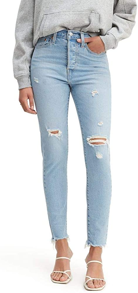 Levi's Women's Wedgie Skinny Jeans (Standard and Plus) at  Women's Jeans store