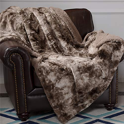 Bedsure Faux Fur Reversible Tie-dye Sherpa Throw Blanket for Sofa, Couch and Bed - Super Soft Fuzzy Fleece Blanket for Outdoor, Indoor, Camping, Gifts (108x90 inches, Chocolate) (Super Couches Cheap)