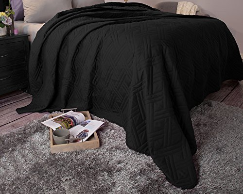 Read About Bedford Home 66A-04172 Solid Color Bed Quilt - Full/Queen - Black