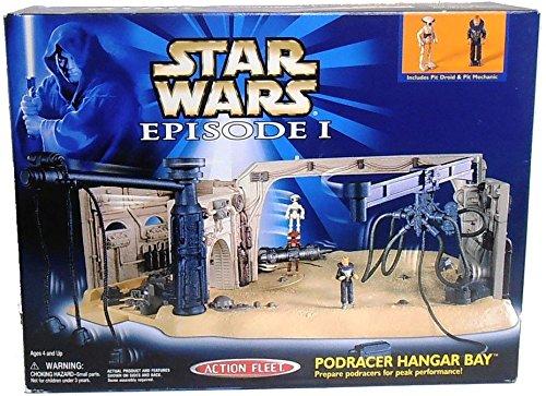 Star Wars Episode 1 Podracer Hangar Bay with Pit Droid /& Mechanic