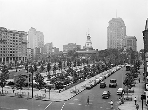 1950s Philadelphia Pa Usa Looking Southeast At Historic Independence Hall Building And Mall Print By Vintage - Pa Philadelphia Mall