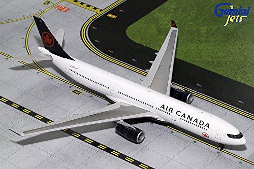 Air Canada Airbus (GeminiJets 1:200 Scale Air Canada Airbus A330-300 Airplane Model)