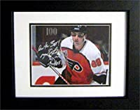 Autograph Warehouse 259563 Eric Lindros Autographed 8 x 10 in. Photo - Philadelphia Flyers Inscribed HOF 16 Image - No. SC4 Matted & Framed