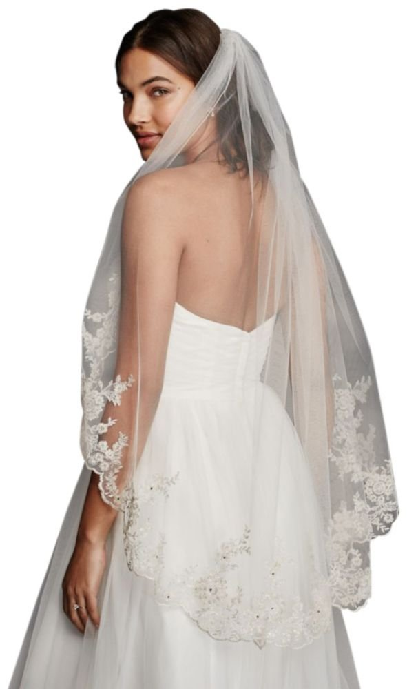 Mid Veil with Scalloped Edges and Lace Style V682, Ivory