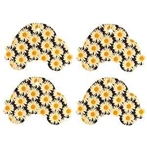 Set of Four Car Shaped Air Fresheners With Daisy Pattern, Apple and Spice
