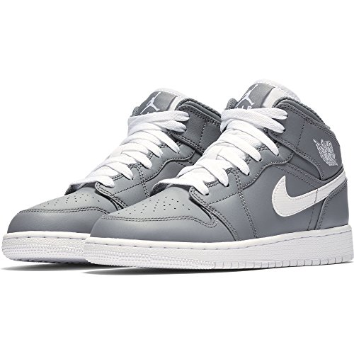 9245d0f25a7 Nike Boy s Air Jordan 1 Mid Basketball Shoe (GS)