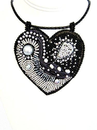 Beaded Heart Druzy Pearl ()