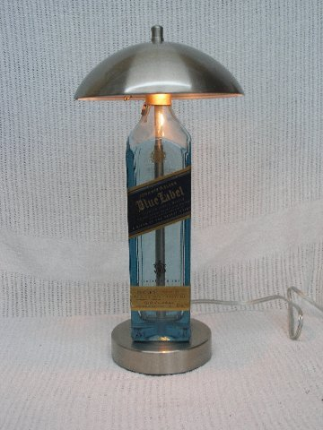 johnnie-walker-blue-label-bottle-touch-desk-lamp
