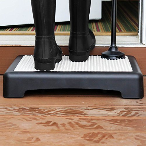 Choosing A Safe Step Stool For Seniors Which Is Best