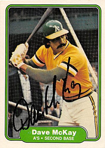Dave McKay autographed baseball card (Oakland Athletics) 1982 Fleer #100