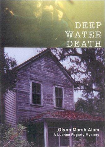 Bilge Water Bones (Luanne Fogarty Mysteries)
