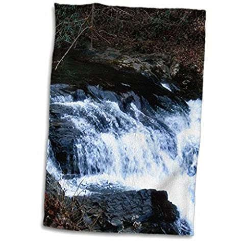 3D Rose a Stream in the Smokey Mountains by Cades Cove twl_172317_1 Towel, 15