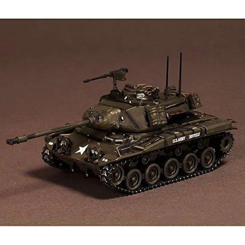 - M41 Walker Bulldog Main Battle Tank 1/72 Scale Diecast Model
