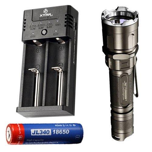 JETBeam 3M Pro 1100 lumens Flashlight w/XTAR WP2H Charger