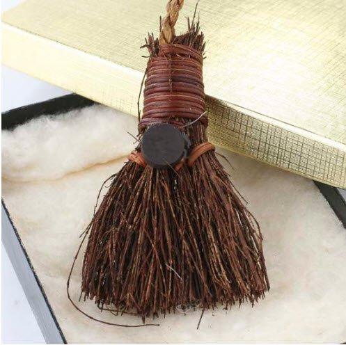 Miniature Southern Cinnamon Broom Magnet (Cinnamon Broom compare prices)