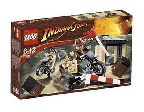 (LEGO Indiana Jones 7620: Indiana Jones Motorcycle Chase by)