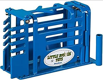 Little Buster Toys 1//16 Calf Roping Arena Set Blue Calf Chute, 8 Priefert Fence Panels /& Gate