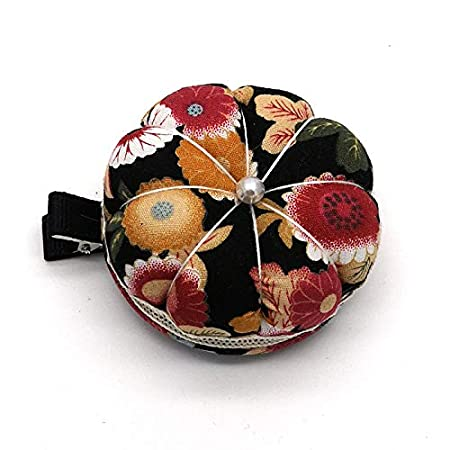 Clip to Cuff Or Any Where You Like Chris.W 2Pcs Pumkin Pin Cushions Holder Needle Pincushions with Clip for Sewing