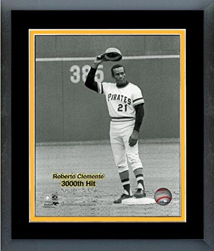 Roberto Clemente Pittsburgh Pirates MLB Photo (Size: 13