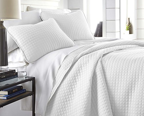 Southshore Fine Linens - Vilano Springs Oversized 3 Piece Quilt Set, King/California King, Bright White - Bedroom King Contemporary California Set